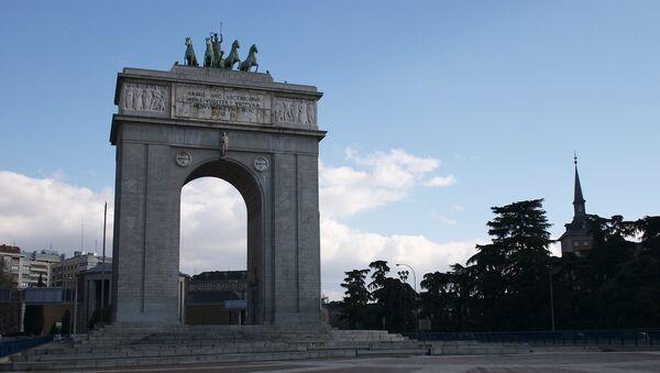 Arco de la Victoria en Madrid - Sputnik Mundo