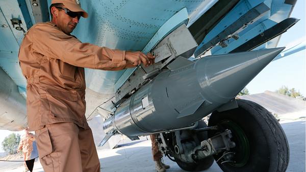 Fuerzas aeroespaciales de Rusia en el aeródromo de Hmeymim en Siria - Sputnik Mundo