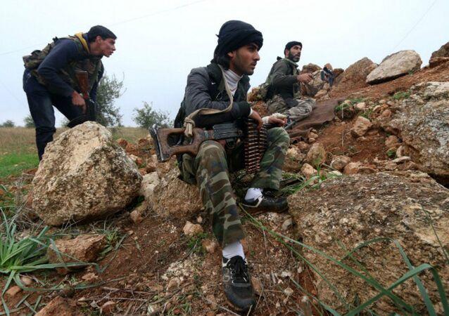Combatientes del Frente Al-Nusra (archivo)