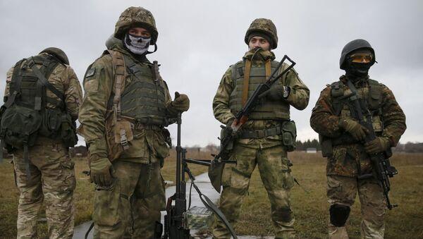Efectivos de las fuerzas especiales ucranianos - Sputnik Mundo