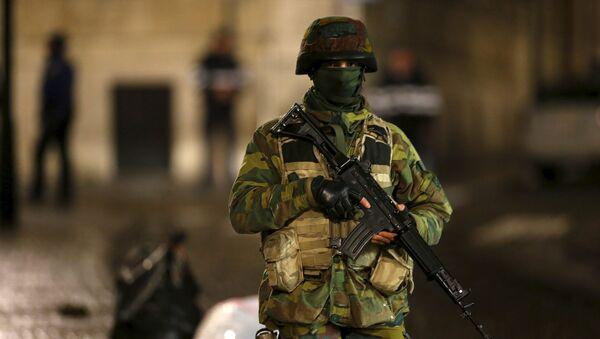 Soldado belga en Bruselas - Sputnik Mundo