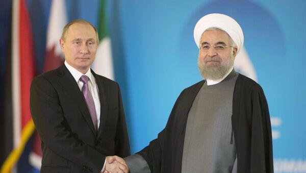 Presidente de Rusia, Vladímir Putin, y presidente de Irán, Hasán Rohani - Sputnik Mundo