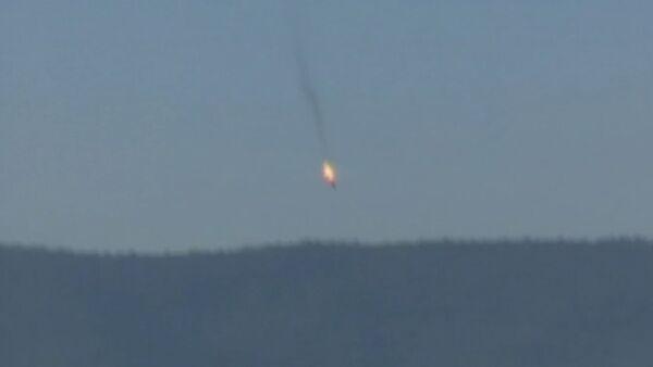 Caza Su-24 ruso cae tras ser derribado por avión turco - Sputnik Mundo
