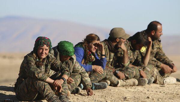 Kurdos sirios - Sputnik Mundo