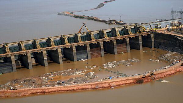 China participa en los proyectos hidroeléctricos en Brasil - Sputnik Mundo