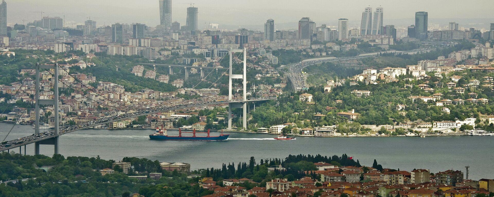 Estrecho de Bósforo en Estambul - Sputnik Mundo, 1920, 26.06.2021
