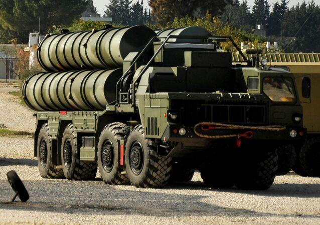 Sistema de defensa aérea ruso S-400