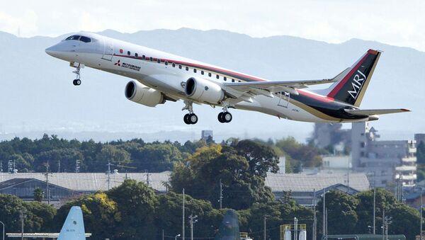Mitsubishi Regional Jet, avión comercial a reacción japonés - Sputnik Mundo