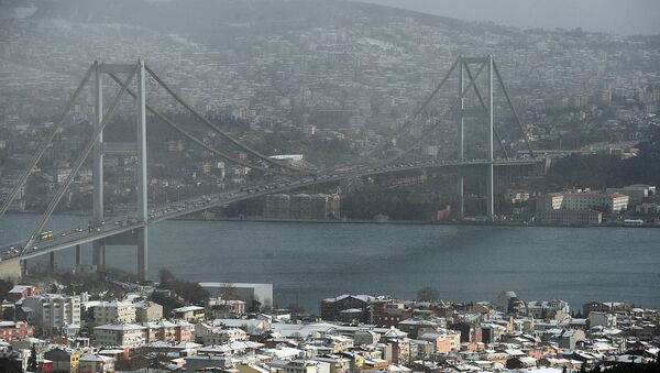 Estrecho del Bósforo en Estambul - Sputnik Mundo