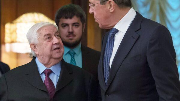 Ministro de Exteriores de Siria, Walid Mualem, y canciller de Rusia, Serguéi Lavrov (archivo) - Sputnik Mundo