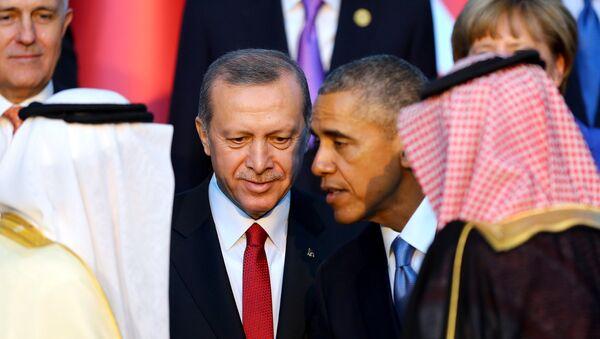 Presidente de Turquía, Recep Tayyip Erdogan, y presidente de EEUU, Barack Obama - Sputnik Mundo