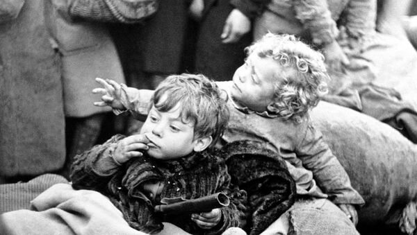 Niños españoles - Sputnik Mundo