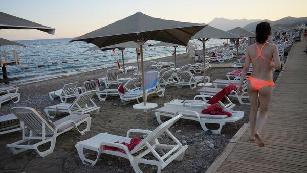 Turistas rusos en Antalya, Turquía - Sputnik Mundo