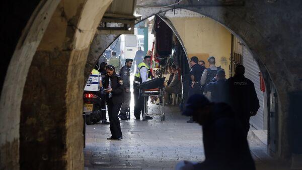 El lugar del ataque a un policía en Jerusalén - Sputnik Mundo