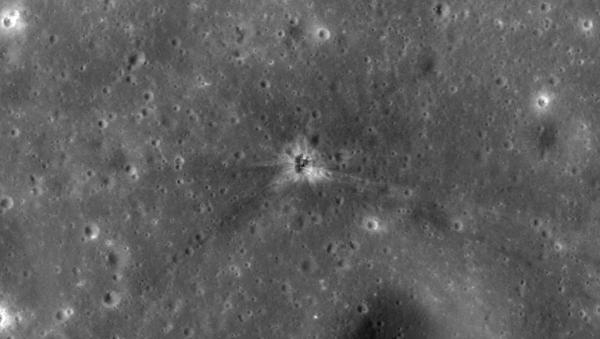 Hallan el área de impacto del acelerador del Apollo 16 en la Luna - Sputnik Mundo