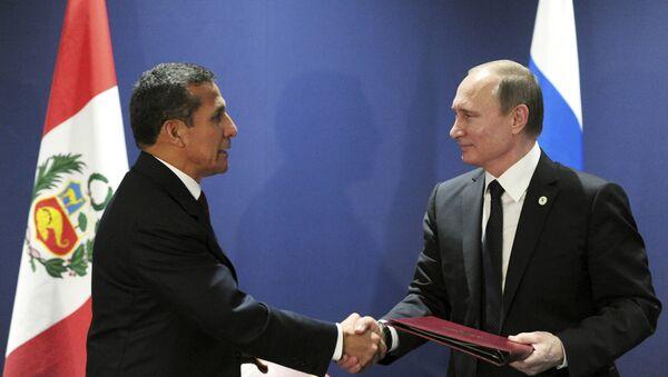 Presidente de Perú, Ollanta Humala y presidente de Rusia, Vladímir Putin - Sputnik Mundo