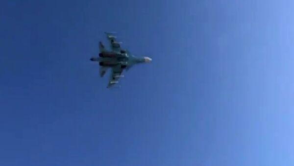 Caza ruso Su-34 (Archivo) - Sputnik Mundo