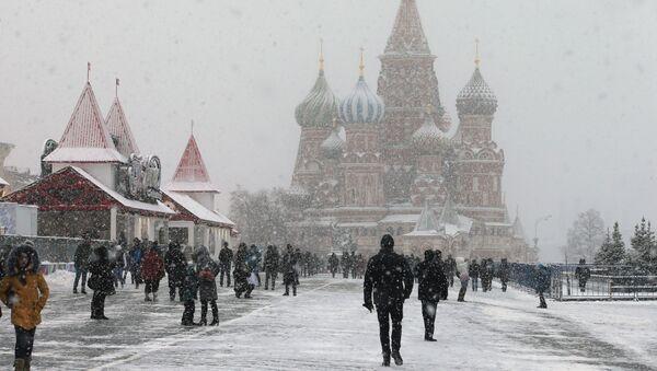 Aumenta entre los rusos el rechazo hacia Occidente - Sputnik Mundo
