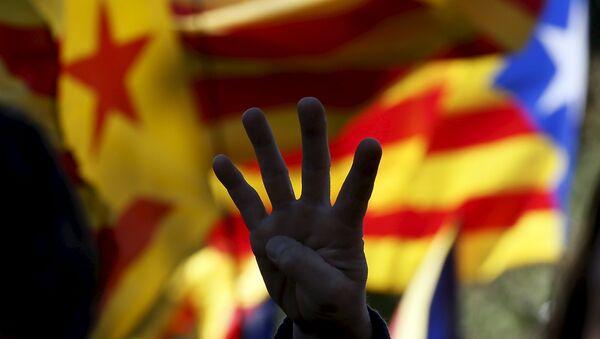 La CUP pide un referendo unilateral de independencia para Cataluña - Sputnik Mundo