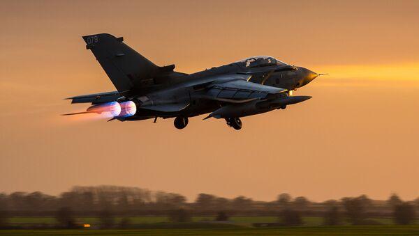 Caza Tornado de la RAF británica - Sputnik Mundo