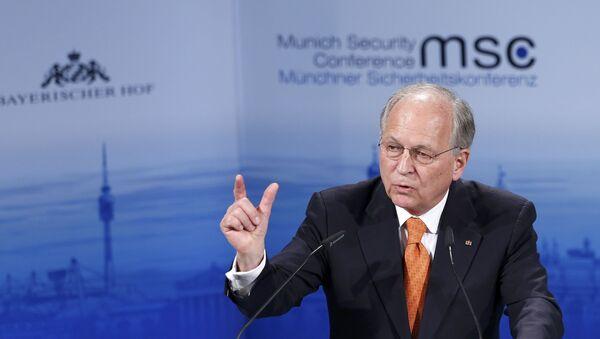 Wolfgang Ischinger, presidente del 'Grupo de sabios' de la OSCE - Sputnik Mundo