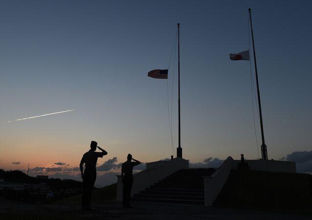 Soldados estadounidenses en Okinawa