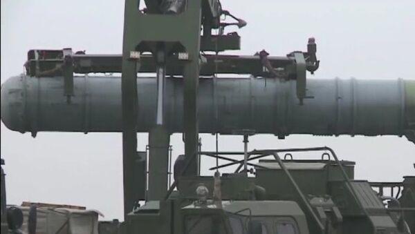 Sistemas S-400 abaten misiles Kabán - Sputnik Mundo