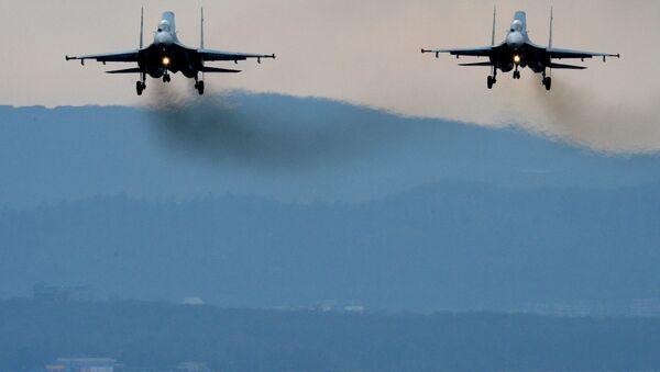 Летно-тактические учения истребительной авиации в Приморском крае - Sputnik Mundo
