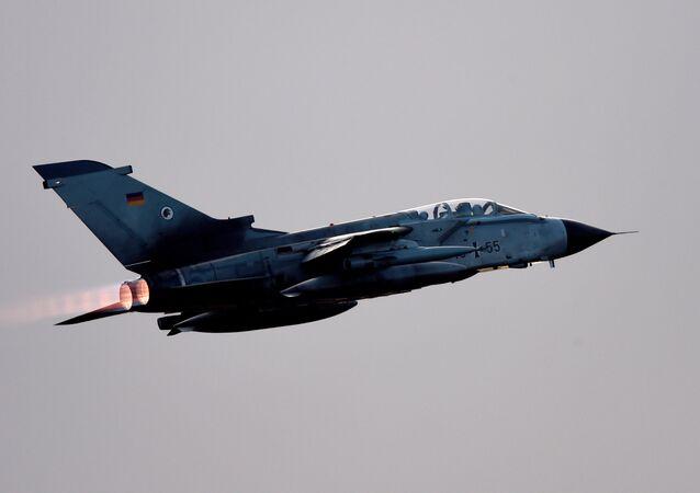 Un avión Tornado de la Fuerza Aérea de Alemania