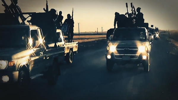 Militantes del grupo terrorista Daesh - Sputnik Mundo