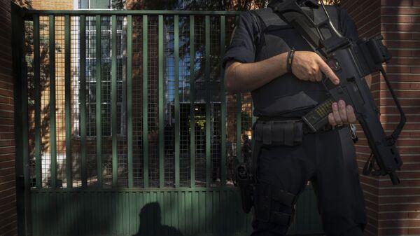 Policía nacional de España - Sputnik Mundo