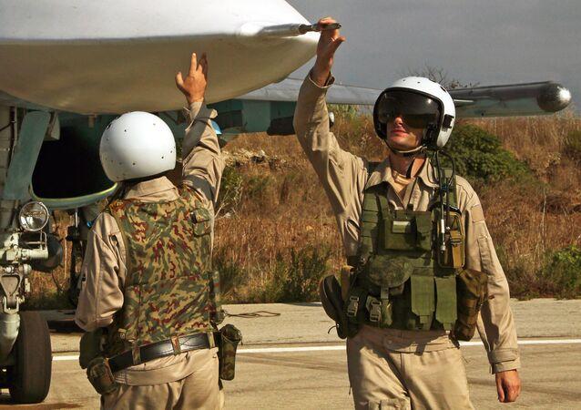 Pilotos rusos (imagen referencial)
