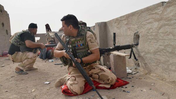 Militares iraquíes - Sputnik Mundo