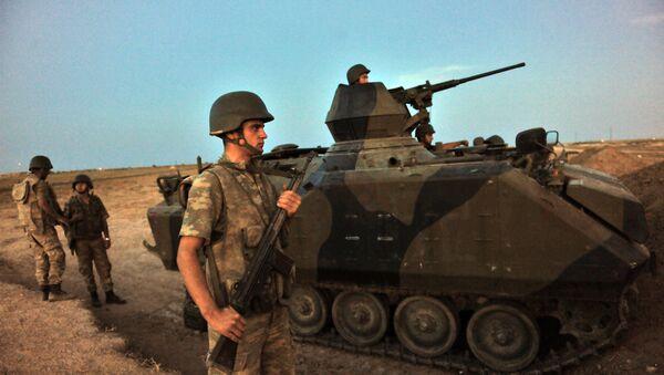 Turkish soldiers - Sputnik Mundo