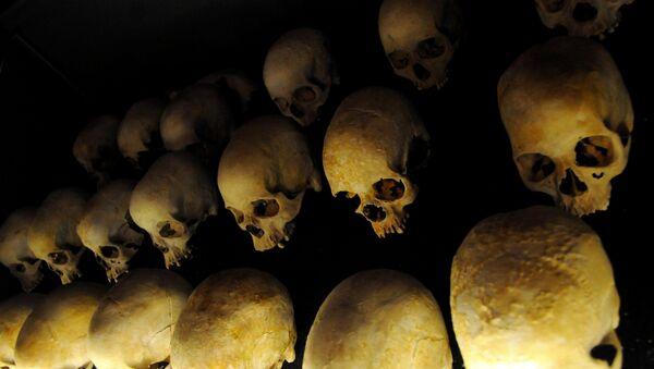 Cráneos de las víctimas del genocidio en Ruanda - Sputnik Mundo