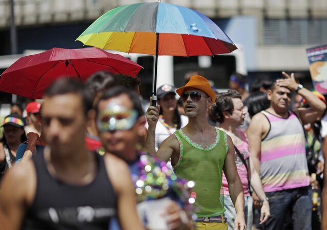 Desfile de orgullo LGBT en Caracas
