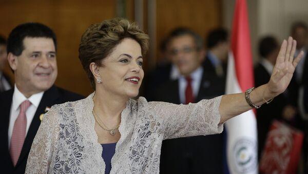 Dilma Rousseff, presidenta de Brasil, durante la Сumbre de Mercosur en Luque, Paraguay - Sputnik Mundo
