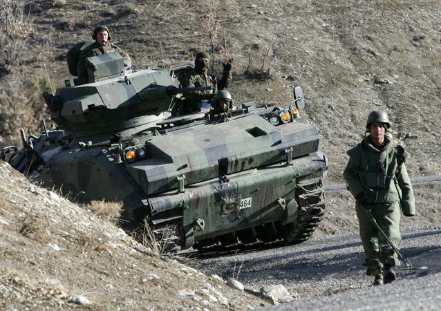 Soldados de las FFAA de Turquía (archivo)