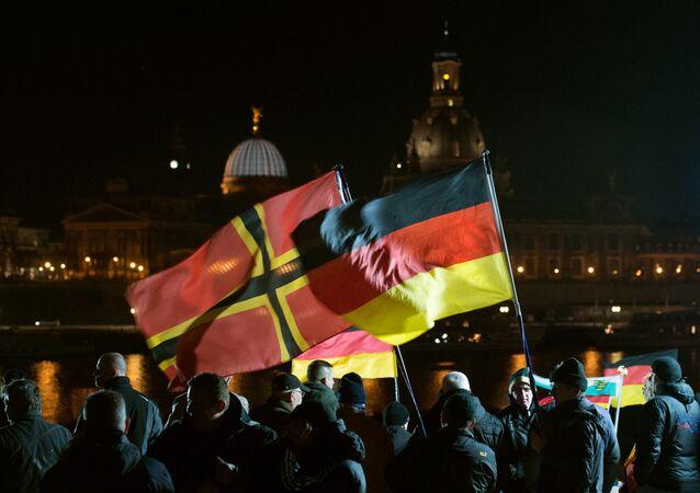 Manifestación antiislámica en Dersde, Alemania