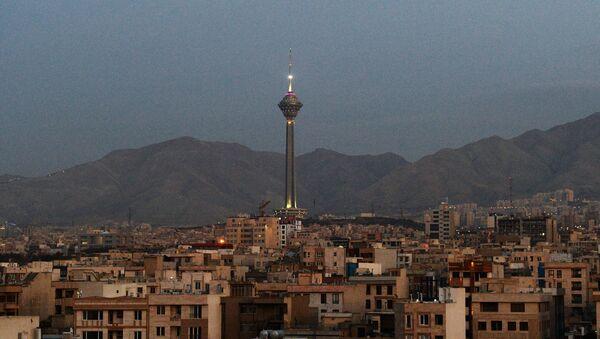 La torre Milad en Teherán, Irán - Sputnik Mundo