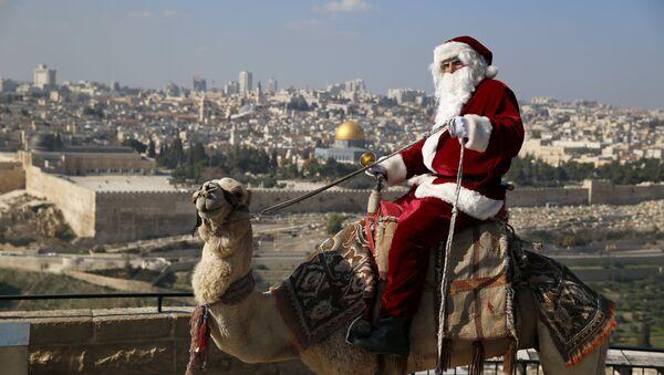 El mundo en la víspera de Navidad y Año Nuevo - Sputnik Mundo