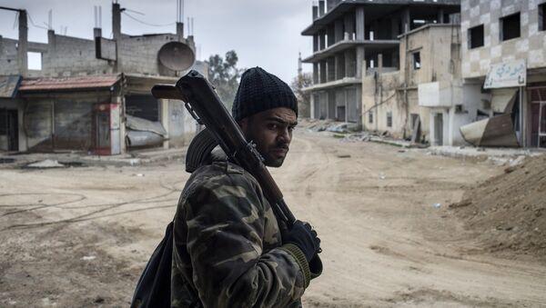 Soldado sirio en Damasco - Sputnik Mundo