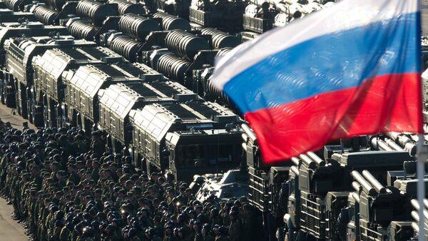 Sistemas de misiles tácticos Iskander-M durante el desfile militar de Día de la Victoria - Sputnik Mundo