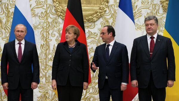 Reunión entre V. Putin, A. Merkel, F. Hollande y P. Poroshenko en Minsk - Sputnik Mundo