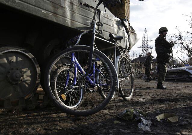Militares ucranianos en la región de Donetsk (archivo)