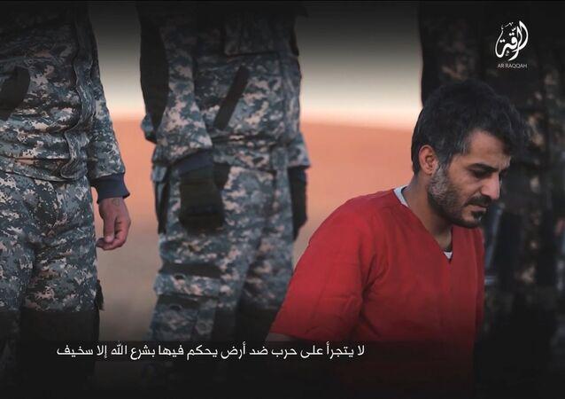 Uno de los rehenes ejecutados por Daesh