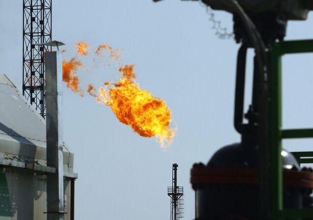 Gas ardiendo (imagen referencial)