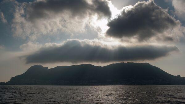 El peñón de Gibraltar, la vista desde La Linea de la Concepcion, España - Sputnik Mundo
