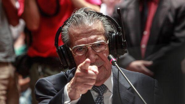 El ex general Efraín Ríos Montt dando testimonio durante el juicio (archivo) - Sputnik Mundo