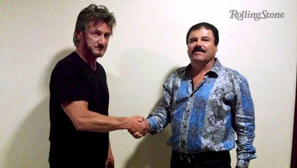 Actor y director de cine Sean Penn y capo del narcotráfico Joaquín Guzmán, alias el 'Chapo' - Sputnik Mundo
